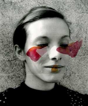 """""""Charlotte"""", extrait du livre """"Parures, ou comment je jongle avec mon trouble de la personnalité"""" - Photographie argentique, collage et peinture -"""